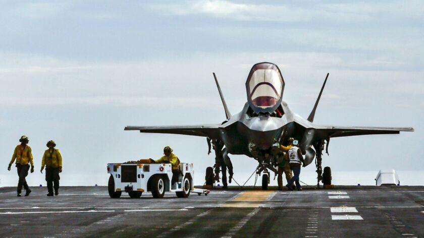 Lockheed Martin F-35B Lightning II amphibious assault ship America.