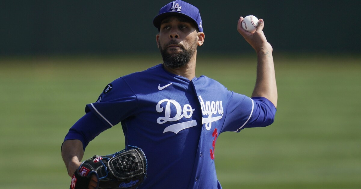 Veteran starter David Price offers to move to the bullpen if it helps the Dodgers