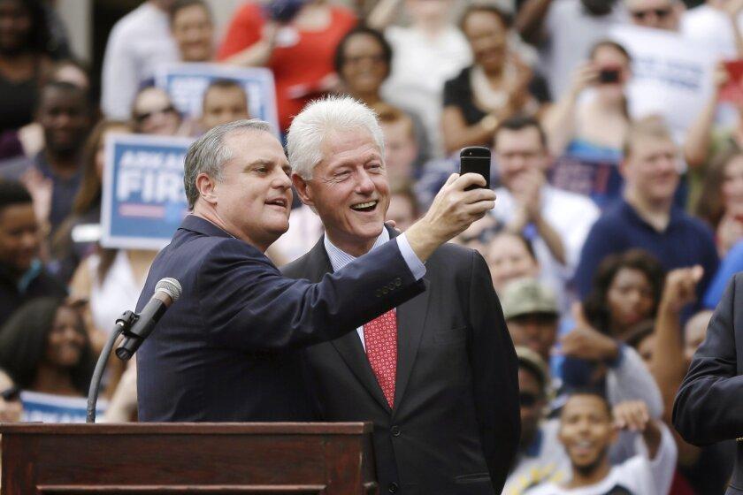 Bill Clinton rallies college students in Arkansas - The San
