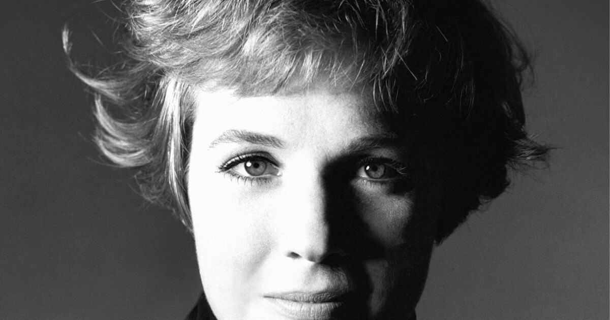 Review: Julie Andrews' 'Home Work' a graceful look back at her Hollywood years