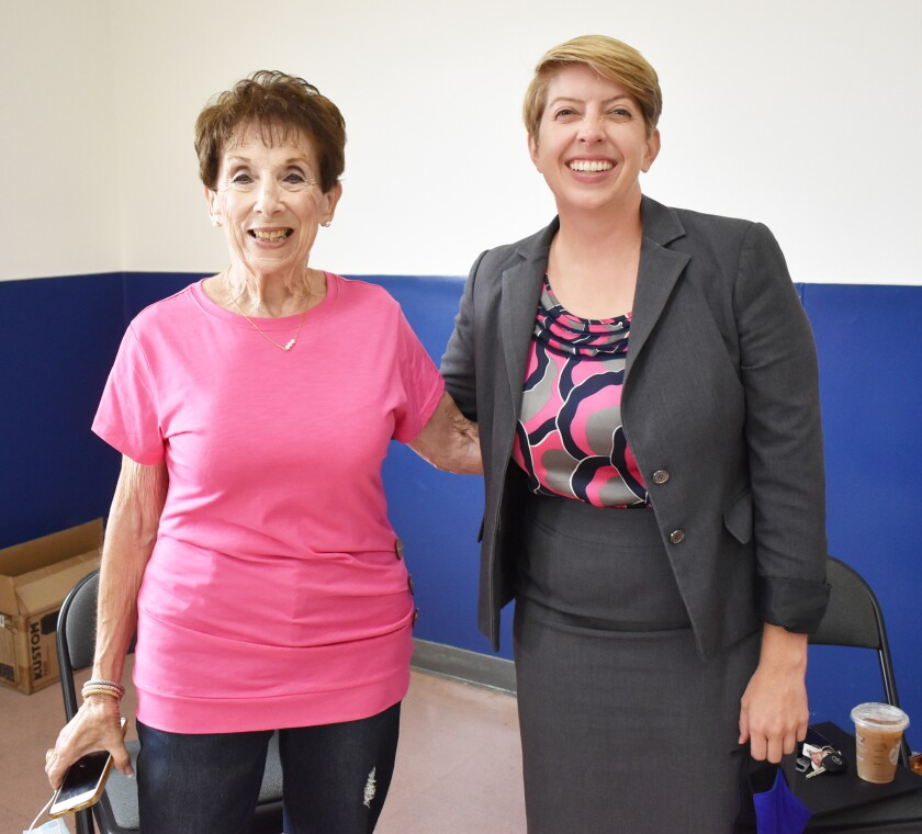 Brandeis National Committee Rancho Bernardo Chapter President Linda Simon with San Diego City Councilwoman Marni von Wilpert.