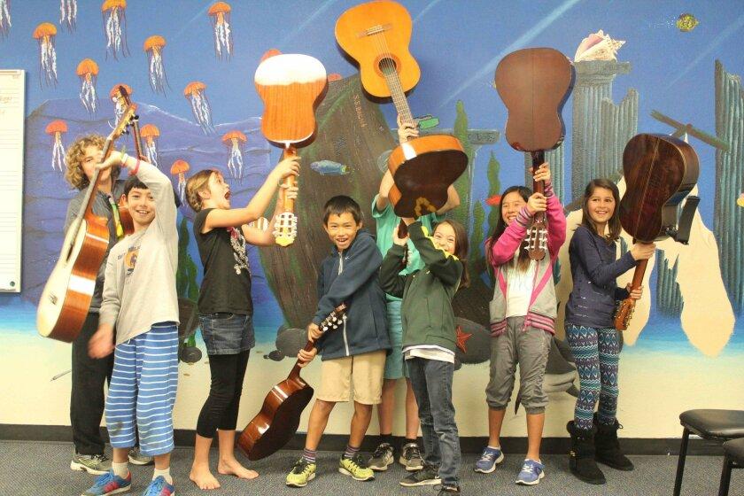 Villa Musica's youth guitar class