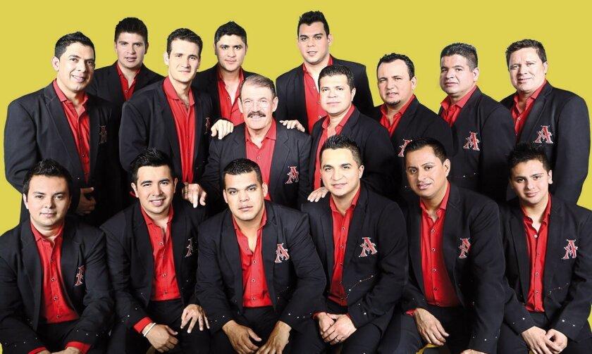 Fotografía promocional cedida en donde aparecen los integrantes de la Arrolladora Banda Limón de René Camacho. EFE/UMLE/Disa