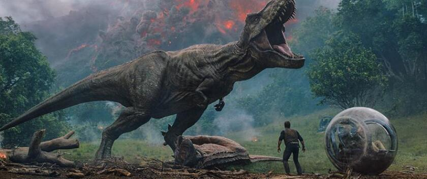 """""""Jurassic World: Fallen Kingdom"""" se mantiene como número uno en las taquillas"""