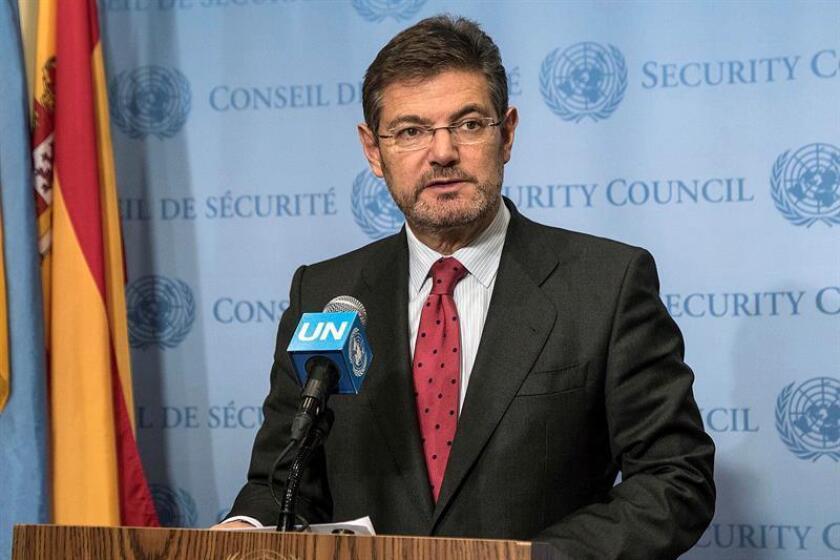El ministro de Justicia español, Rafael Catalá, hoy durante la rueda de prensa tras la reunión del Consejo de Seguridad de las Naciones Unidas, en la que se aprobó por unanimidad la Resolución sobre Cooperación Judicial Internacional en la lucha contra el terrorismo. EFE