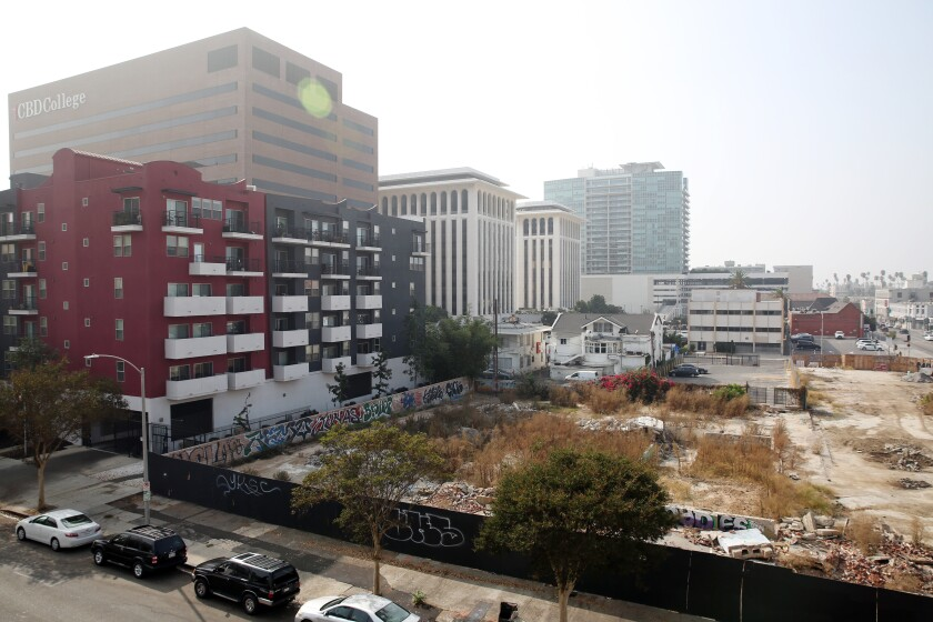 The site on 6th Street in Koreatown where a developer is looking to build a 192-room hotel.