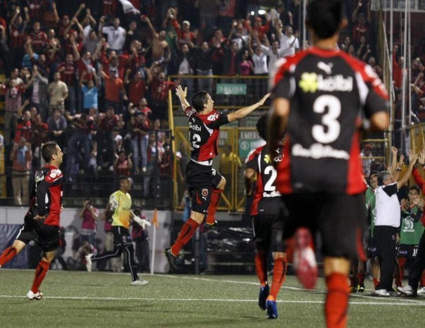 Alajuelense sigue imparable al mando del argentino Carevic en Costa Rica