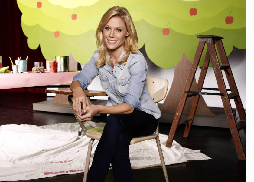 """Actress Julie Bowen of """"Modern Family"""" had to learn quickly about allergies when her toddler son experience a life-threatening reaction."""