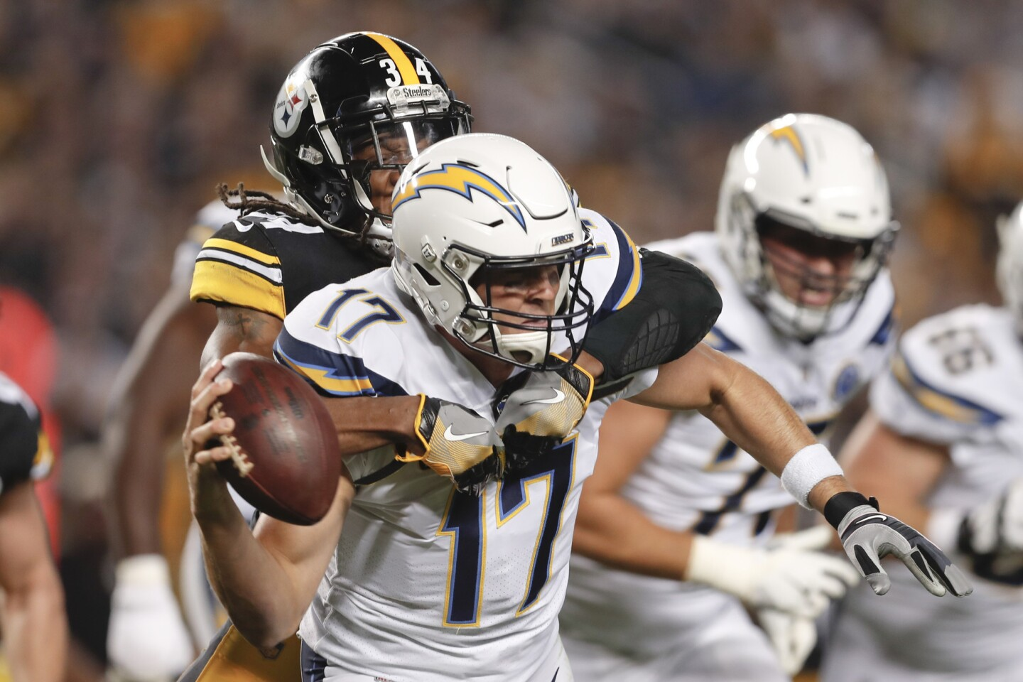 APphoto_Chargers Steelers Football