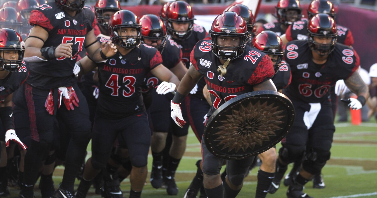 Aztecs announce dates for 2020 football schedule