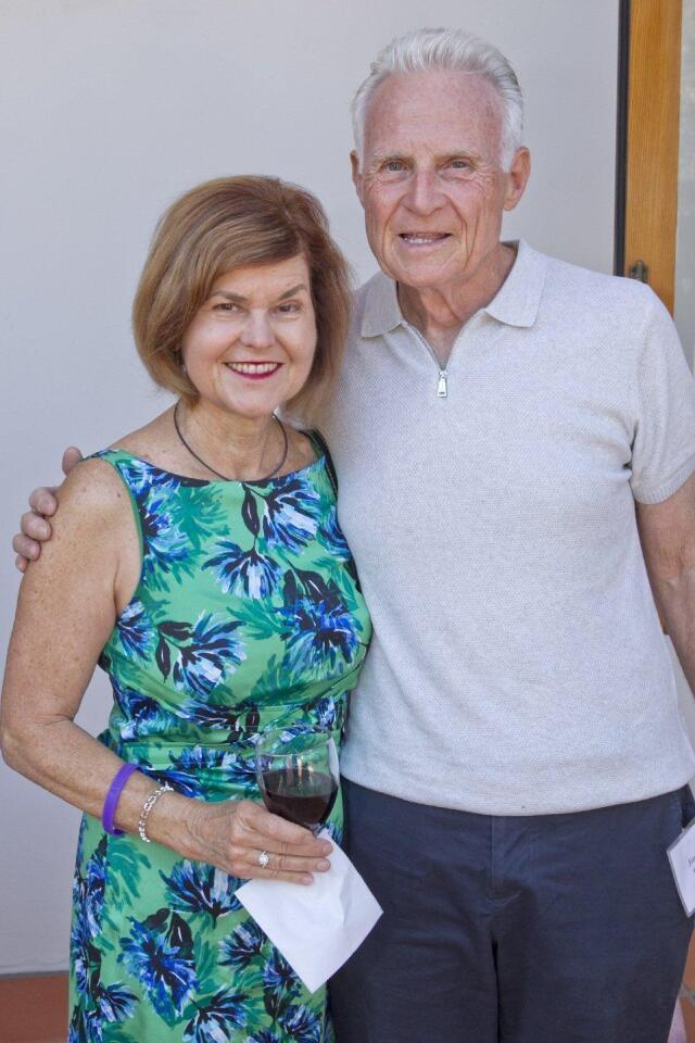 Bo Derek receives 'Humane Award' from Helen Woodward Animal Center