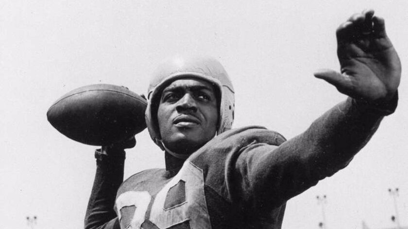 How an L.A. columnist helped overturn the NFL's unwritten ban on black players