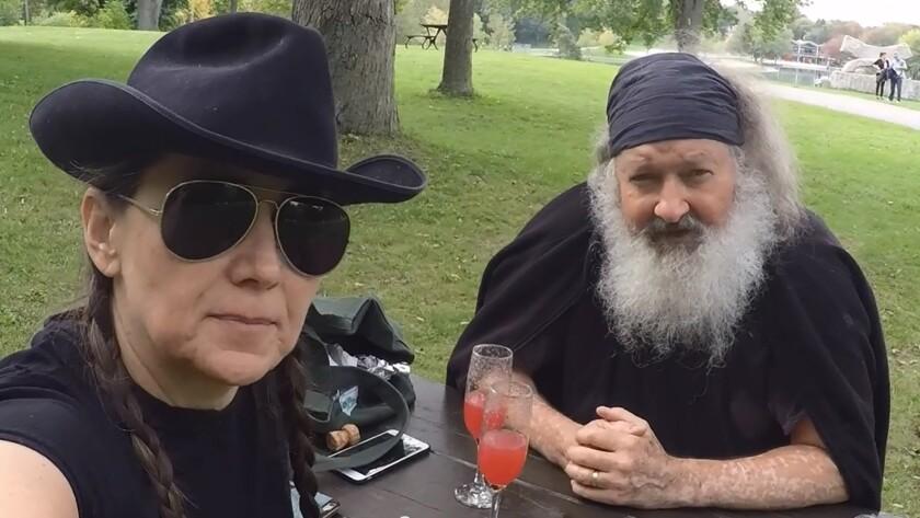Randy and Evi Quaid