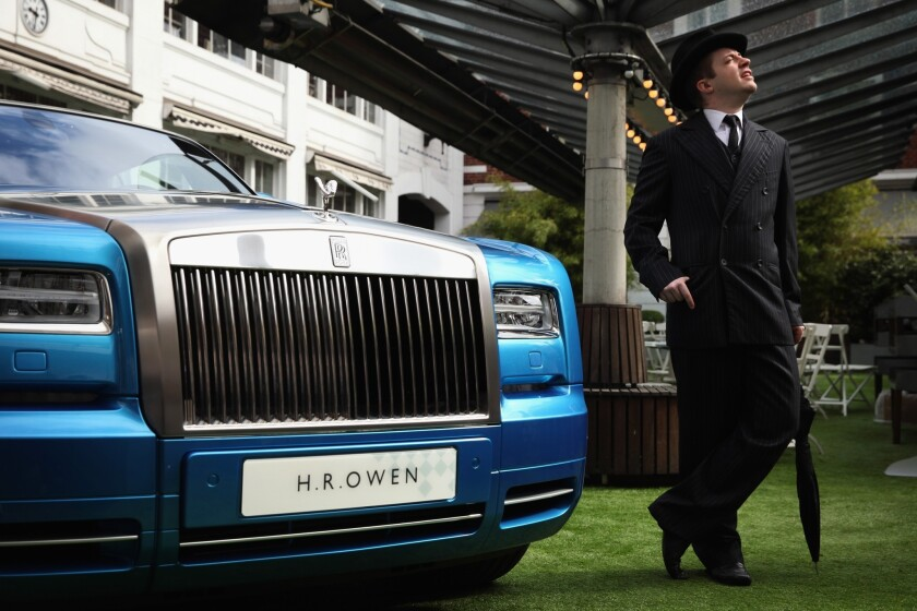 Jeep Subaru Rolls Royce Are Auto Sales Winners Mini Volkswagen Down Los Angeles Times