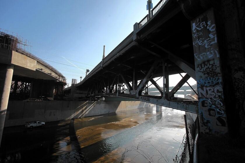 Activists seek 11th-hour reprieve for 1927 bridge