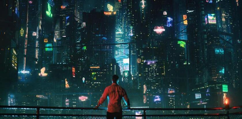 """Fotograma cedido donde aparece el actor Joel Kinnaman en el papel de Takeshi Kovacs, durante una escena de la serie """"Altered Carbon"""" que se estrena hoy en Netflix. EFE/Netflix/SOLO USO EDITORIAL/NO VENTAS"""