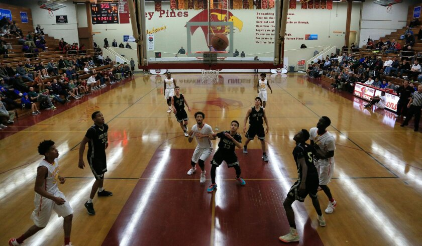 Army-Navy and L.A. Fairfax square off in the Torrey Pines tournament on Tuesday.