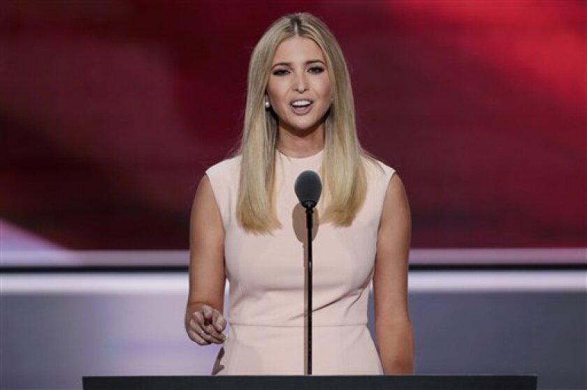 Ivanka Trump, hija del candidato republicano a la presidencia de EEUU, Donald J. Trump, habla en el último día de la Convención Nacional Republicana, el jueves 21 de julio de 2016. (AP Foto/J. Scott Applewhite)