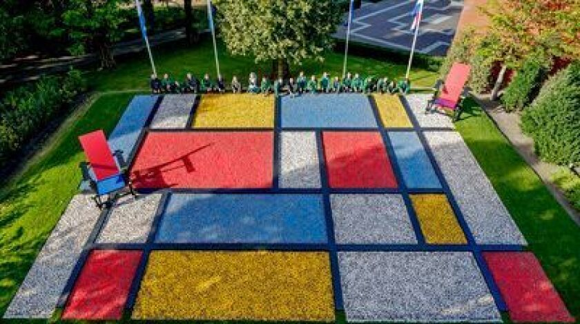 Last year, a pattern was designed to honor the paintings of Dutch artist Piet Mondrian.