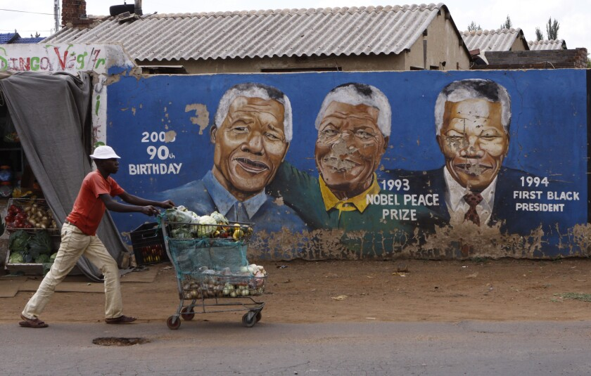 South Africa struggles to live up to Nelson Mandela's legacy - Los