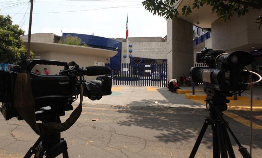 El Instituto Federal de Telecomunicaciones (IFT) de México anunció hoy que el próximo año se asignarán 72 nuevas frecuencias de radio y 11 canales de televisión, para uso tanto comercial como social y público. EFE/Archivo