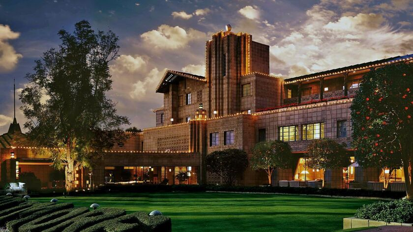 Arizona Biltmore : With its luxurious facilities and distinctive Frank Lloyd Wright–inspired design,