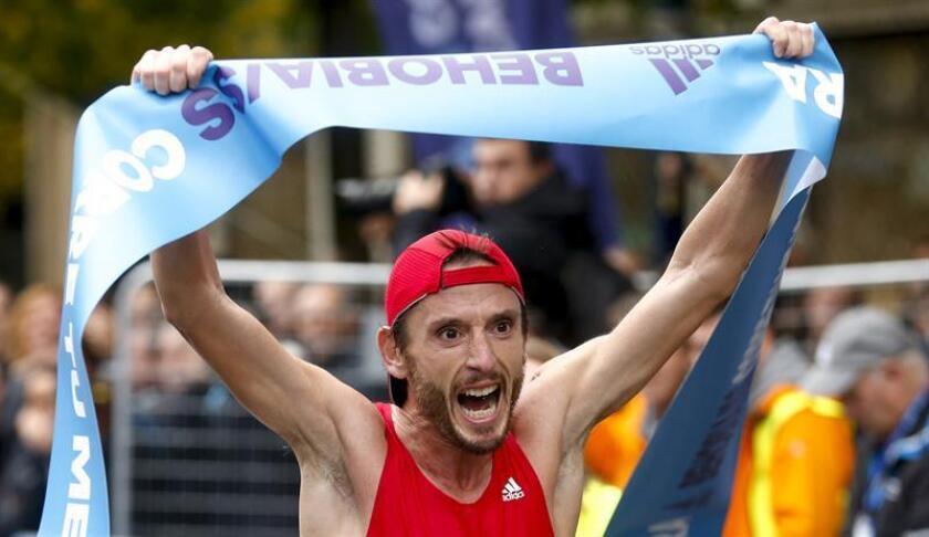 El fondista español Carles Castillejo, quien asistió a cuatro Juegos Olímpicos, descartó que el récord mundial de maratón esté cerca de correrse en menos dos horas en el corto plazo y por el contrario cree que esa meta se alcanzará en 20 o 30 años. EFE/ARCHIVO