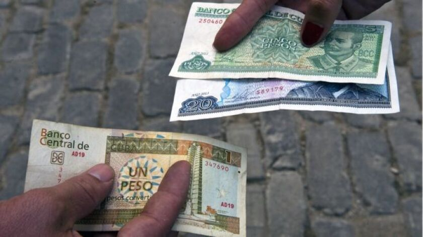 El martes, ante la Asamblea Nacional (congreso), el ministro de Economía y Planificación de la isla, Ricardo Cabrisas, informó que el Producto Interno Bruto (PIB) cubano decreció 0,9% en el año que está por terminar.