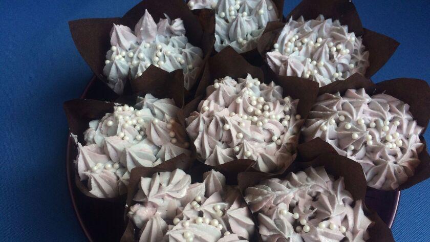 Michele's Hydrangea Blackberry Cupcakes