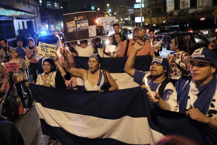 Un grupo de senadores demócratas y republicanos presentaron hoy una propuesta de resolución en la que instan al presidente, Donald Trump, a imponer sanciones contra los responsables de violaciones de los derechos humanos y de corrupción en Nicaragua. EFE/ARCHIVO