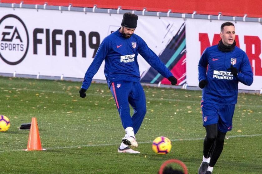 El delantero del Atlético de Madrid, Diego Costa durante un entrenamiento. EFE