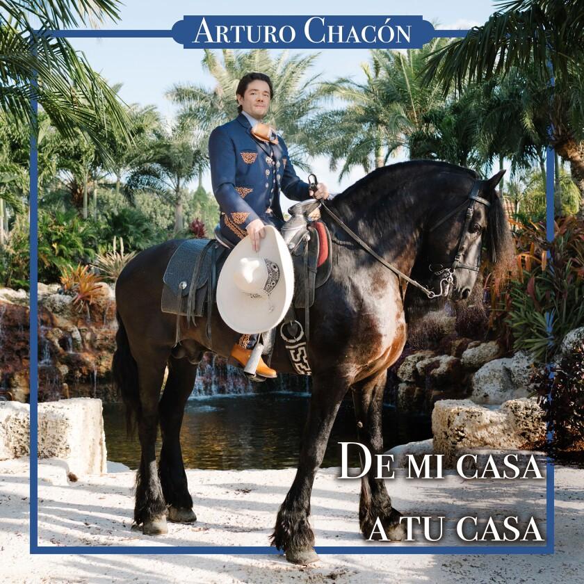 """En esta imagen la portada de """"De mi casa a tu casa"""", un álbum del tenor mexicano Arturo Chacón. (Arturo Chacón via AP)"""