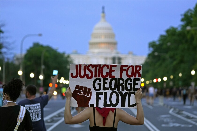 Trump tweets criticize protesters of George Floyd killing - Los Angeles  Times