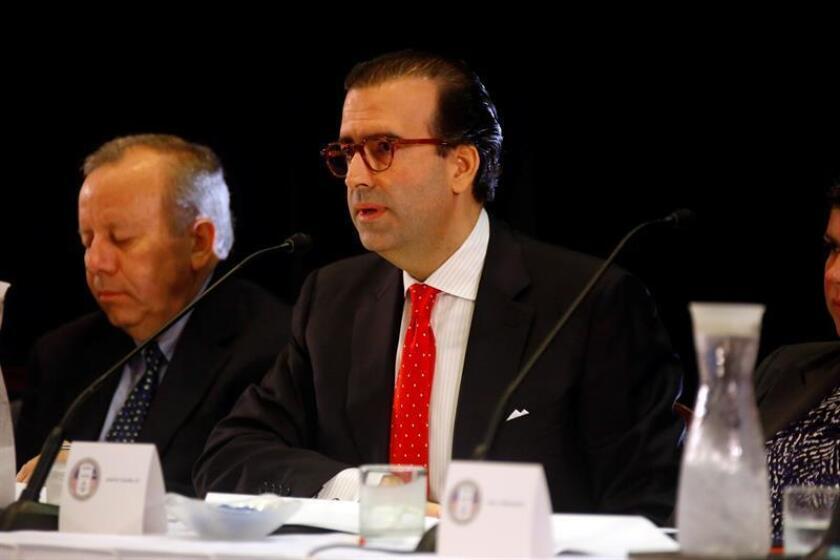 La Junta de Supervisión Fiscal (JSF) para Puerto Rico instó al Gobierno de la isla caribeña a implantar los planes y presupuestos certificados, tras la decisión hoy del Tribunal federal de confirmar su autoridad bajo la ley federal Promesa de aprobarlos. El presidente de la (JSF), José Carrión. EFE/ARCHIVO