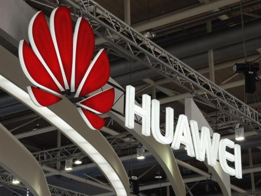 A file photo shows the company logo of the Chinese IT company and service provider Huawei. EFE/EPA/Archivo