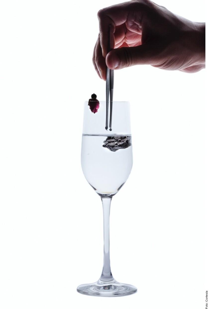 Una bebida sin alcohol en copa