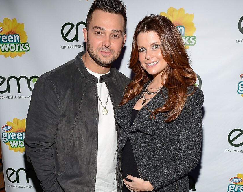MLB player Nick Swisher and his wife, TV actress JoAnna Garica, welcome a baby girl.
