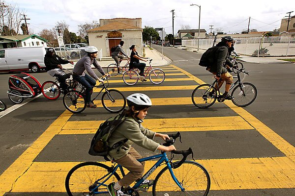 Cyclists create a crowd-sourcing map