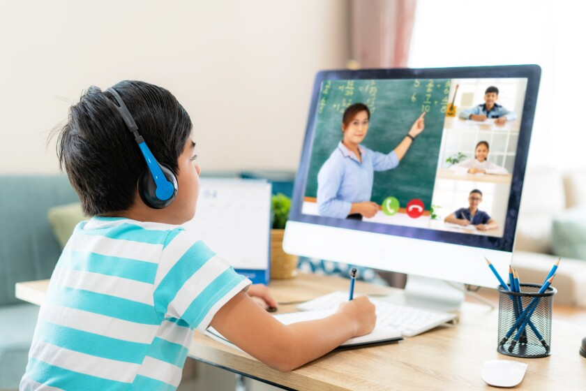 student in virtual learning