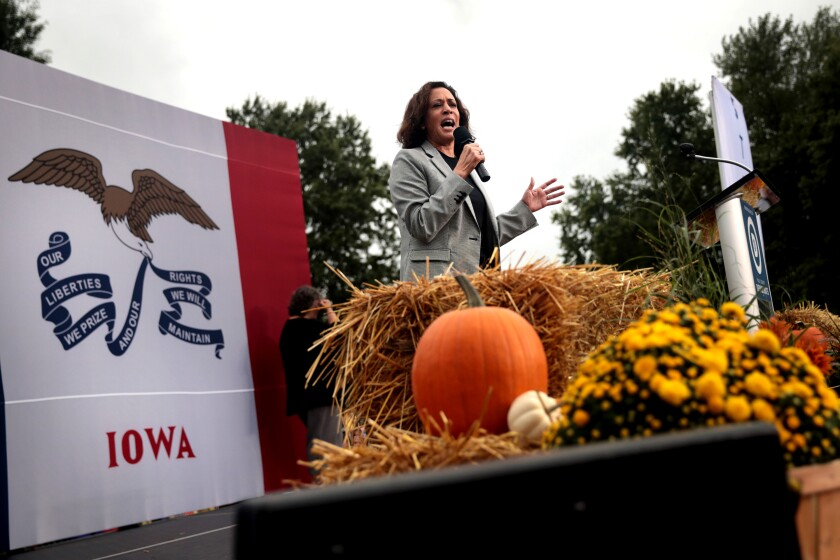 Kamala Harris campaigns in Des Moines