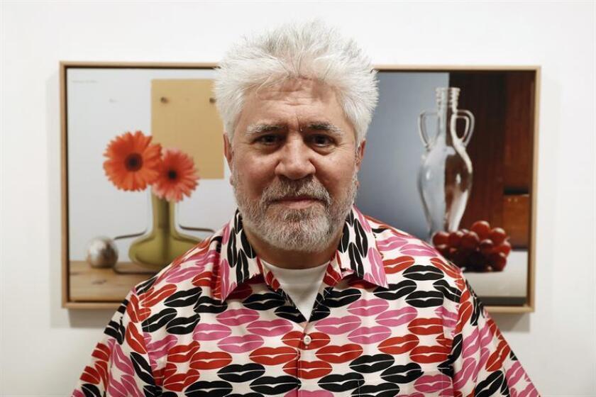 El director de cine español Pedro Almodóvar será homenajeado a partir de mañana con una retrospectiva de su obra en Miami, la primera ciudad estadounidense donde uno de sus filmes se proyectó en un festival, según dijo hoy orgullosamente a Efe Nat Chediak, fundador del Miami Film Festival. EFE/ARCHIVO