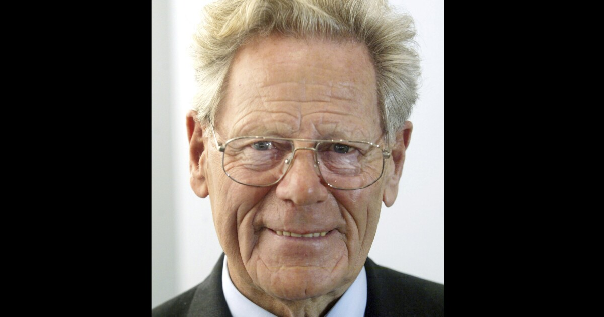 Hans Kueng, dissident Catholic theologian who took on the pope, dies