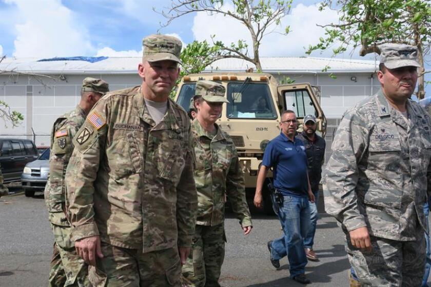 Fotografía donde aparece el teniente general Jeffrey S. Buchanan, encargado de las operaciones militares en Puerto Rico tras el paso del huracán María. EFE/Archivo