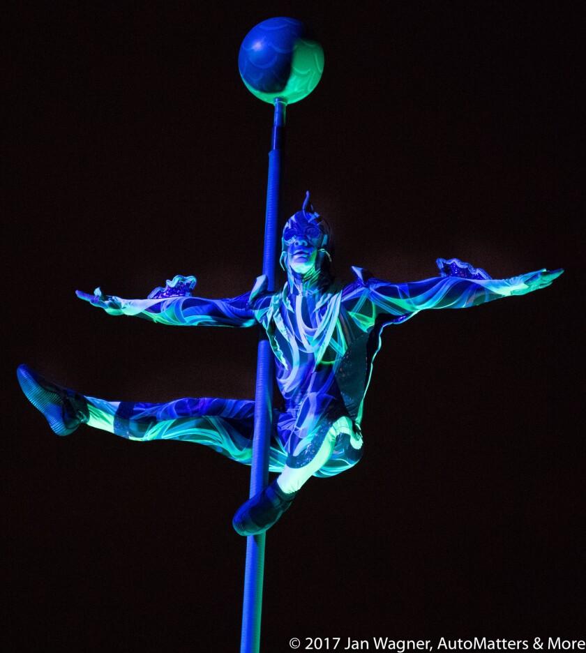 01546-20170813 SeaWorld San Diego - Electric Ocean Summer Celebration incl Orca Encounter+Cirque Electrique+Laser Reef-D5