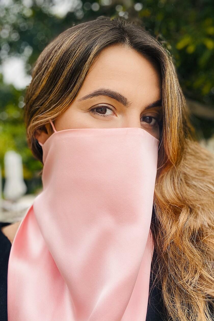 Regina Oswald's silk scarf