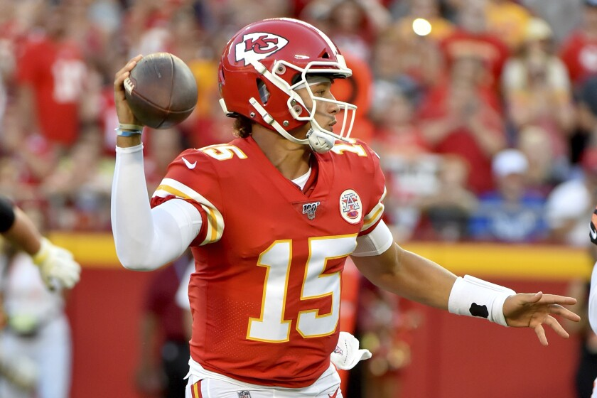 Nfl Preseason Chiefs Patrick Mahomes Leads Td Drive In Win