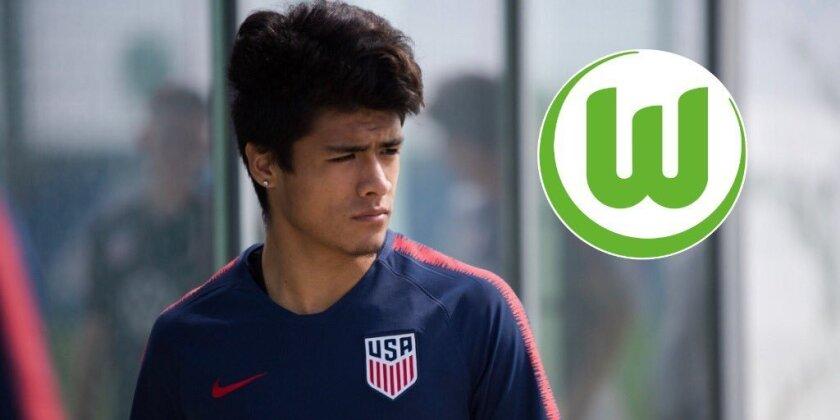 Uly Llanez tiene raíces mexicanas y es nacido en Lynwood.