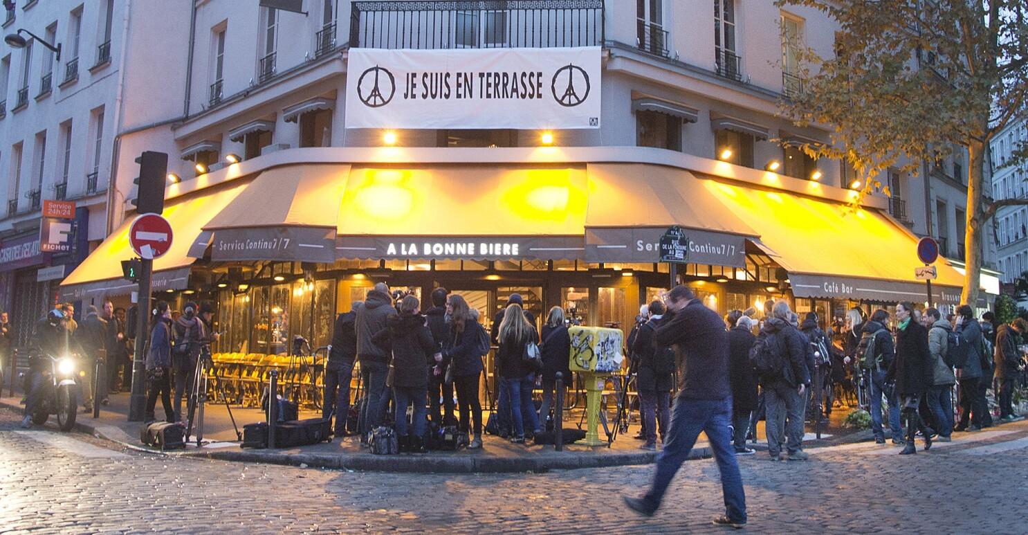 Je Suis En Terrasse belgians seeking 2 new suspects in paris attacks probe - the