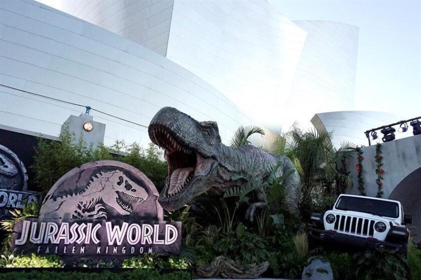 """Los responsables de """"Jurassic World - The Ride"""" adelantaron que en esta atracción habrá réplicas de """"Stegosaurus"""", """"Parasaurolophus"""", """"Velociraptors"""", """"Dilophosaurus"""" y """"Tyrannosaurus rex"""". EFE/Archivo"""