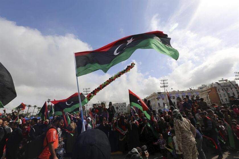 El Gobierno impuso hoy sanciones económicas al miliciano Salah Badi, diputado de la ciudad de Misrata (Libia), afín al gobierno islamista que perdió las elecciones en 2014, y al que se le acusa de ser uno de los responsables de la actual guerra civil. EFE/ARCHIVO